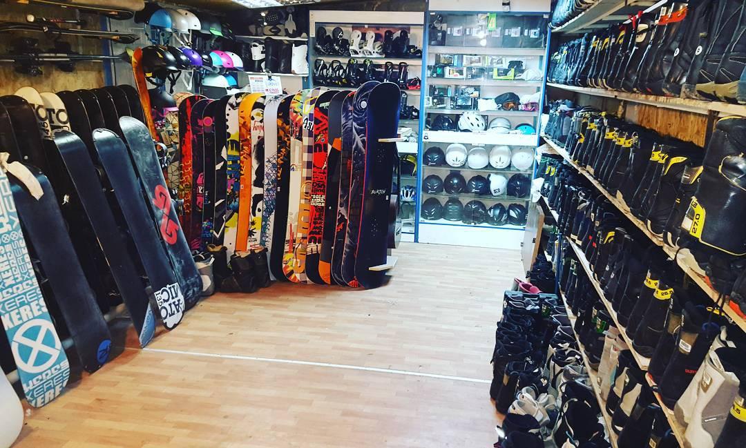 горные лыжи, сноуборд напрокат